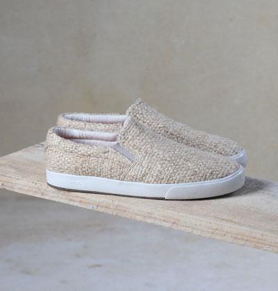 18. TÊNIS SLIP ON PALHA - Un/Do Upcycling Shoe Co.